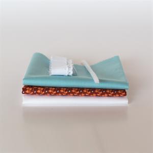 Picture of Set pour robe de poupée supplémentaire - Marsala - Bleu clair